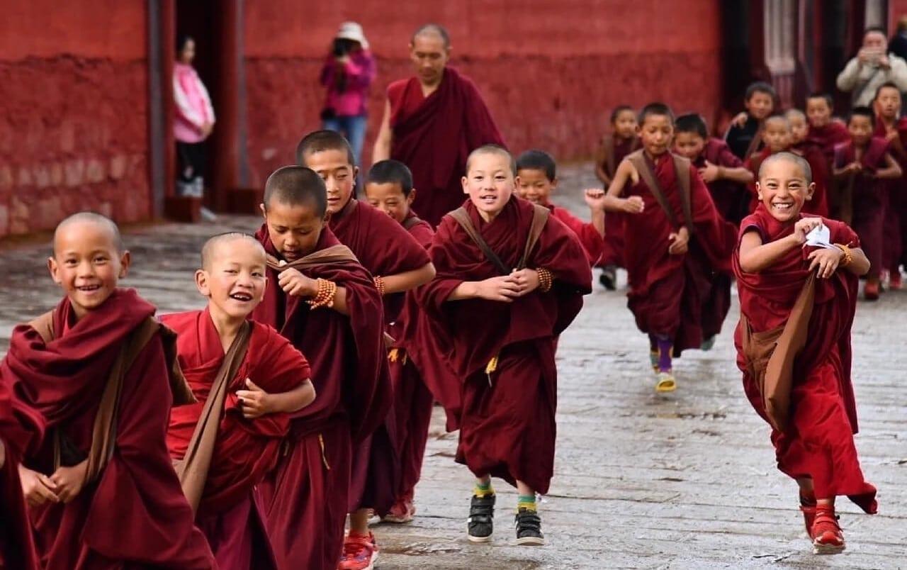 Moines de Langmusi à Xiahe