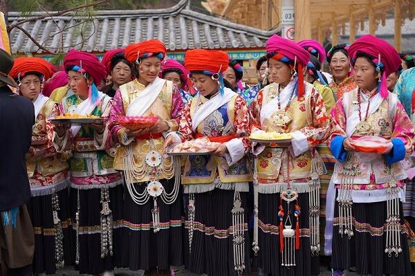 Femmes tibetaines Yunnan Chine